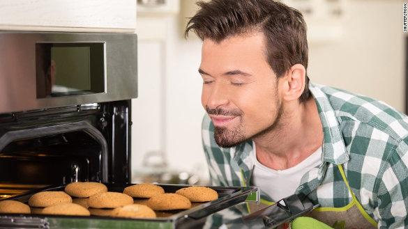 Source: http://i2.cdn.turner.com/cnnnext/dam/assets/150709183046-cookies-smell-delicious-exlarge-169.jpg