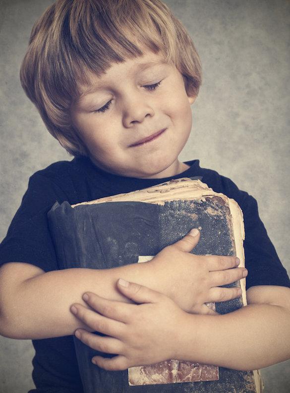 Source: http://marccortez.com/wp-content/uploads/2013/03/Bible-hug.jpg