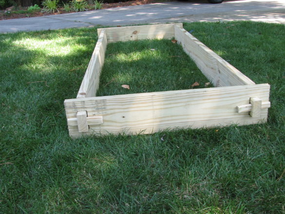 Raised Garden Bed (62)