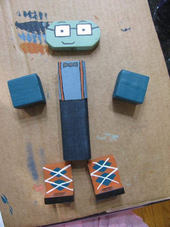 Wooden Toy Figures (16)