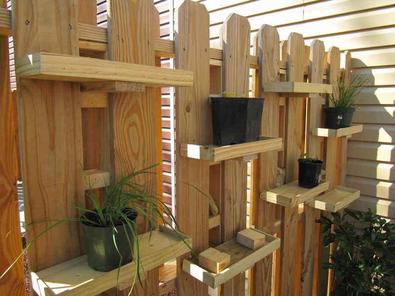 container gardening wall shelves part 2 nicholsnotes. Black Bedroom Furniture Sets. Home Design Ideas